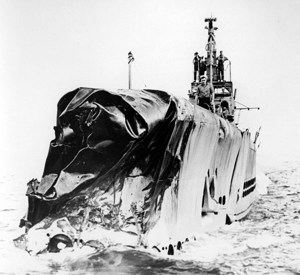 USS Scamp after collision with USS Chew